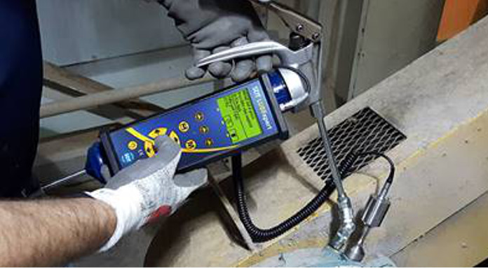An Acoustic Lubrication and Greasing Assistant That Helps You GREASE BEARINGS RIGHT: LUBExpert
